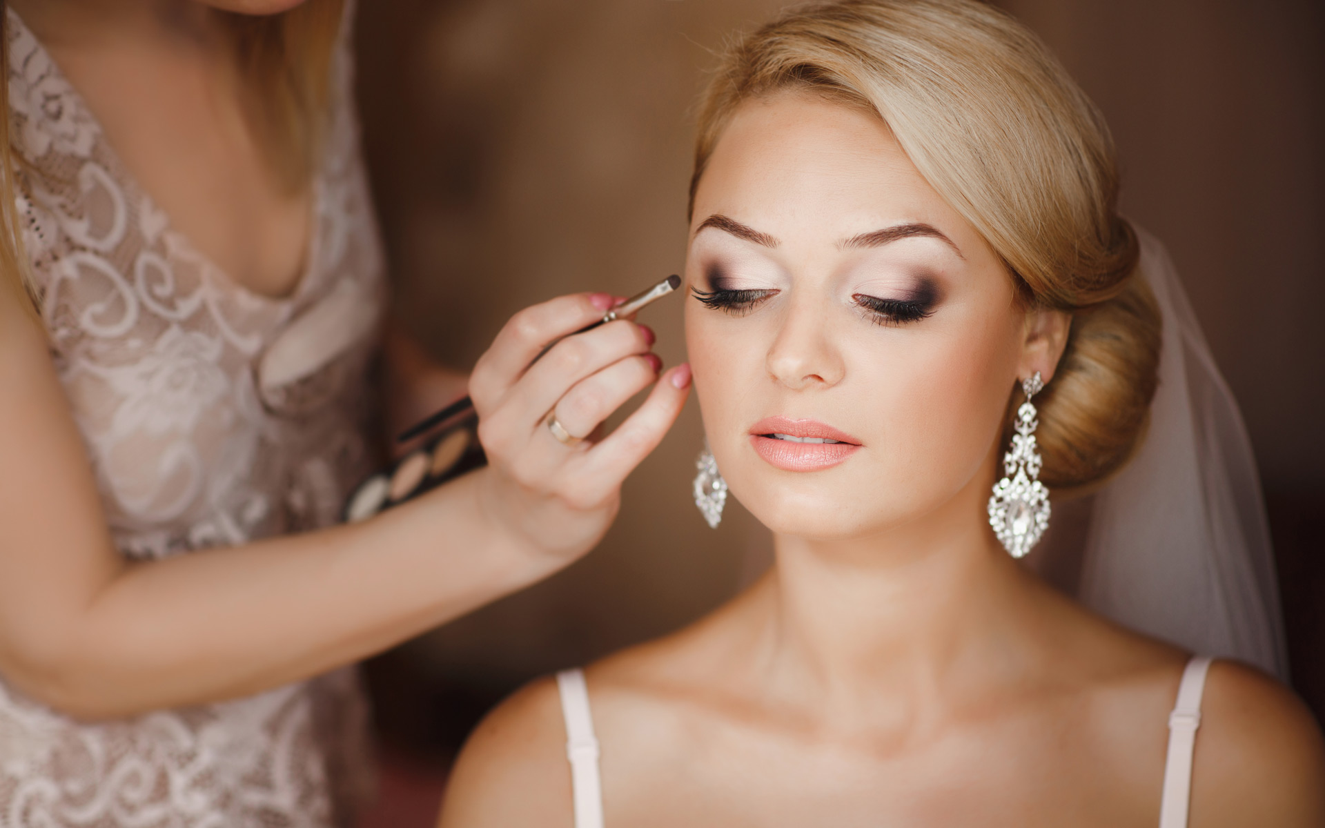 10 top tips: how to get the most out of your wedding hair & makeup