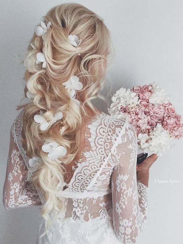 How to get beautiful hair on your wedding day with hair extensions hair extensions offer your endless choice for your bridal hair style junglespirit Gallery
